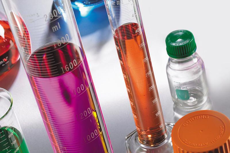 3d1abfbb9e Las buenas prácticas de laboratorio exigen el uso de piezas de vidrio  limpias, dado que, aunque se tomen los mayores recaudos al completar los  procesos, ...
